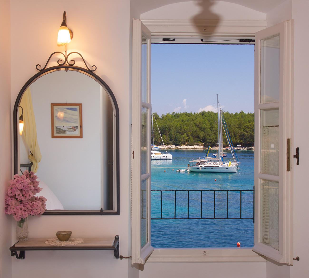 Waterfront Apartments: Odysseas Waterfront Apartments Kefalonia